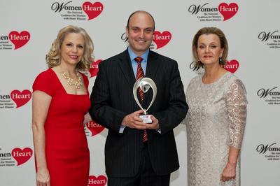 WomenHeart Chair Carrie Wosicki, Burlington CMO Bart Sichel, and WomenHeart CEO Lisa M. Tate (PRNewsFoto/WomenHeart)