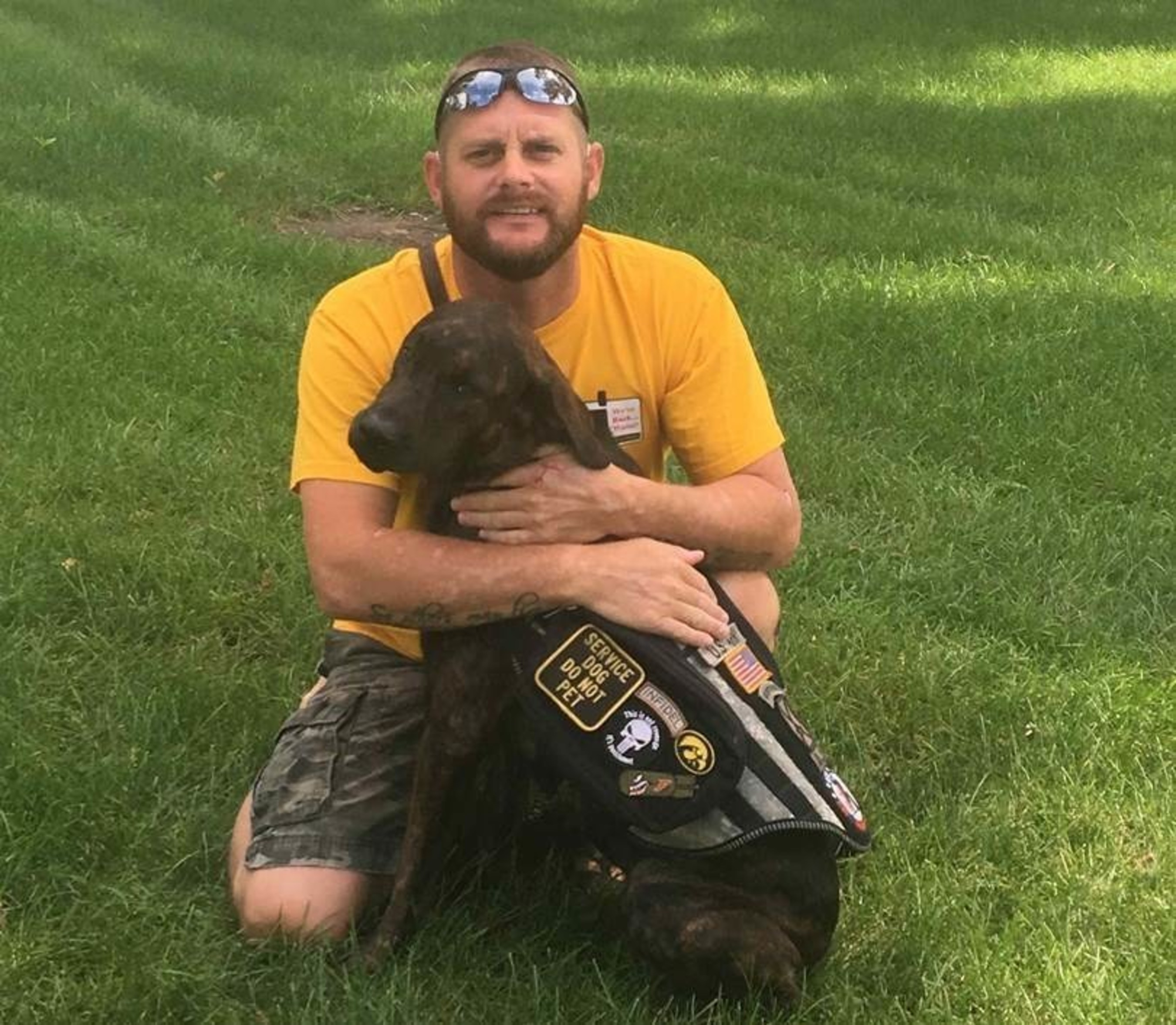 An Army veteran and former Navy rescue swimmer, who has overcome PTSD and other combat-related injuries thanks to his service dog, was one of the recipients of a new Tempur-Pedic bed through the PGA TOUR's military outreach initiative, Birdies for the Brave. His furry buddy also received his very own Tempur-Pedic dog bed.