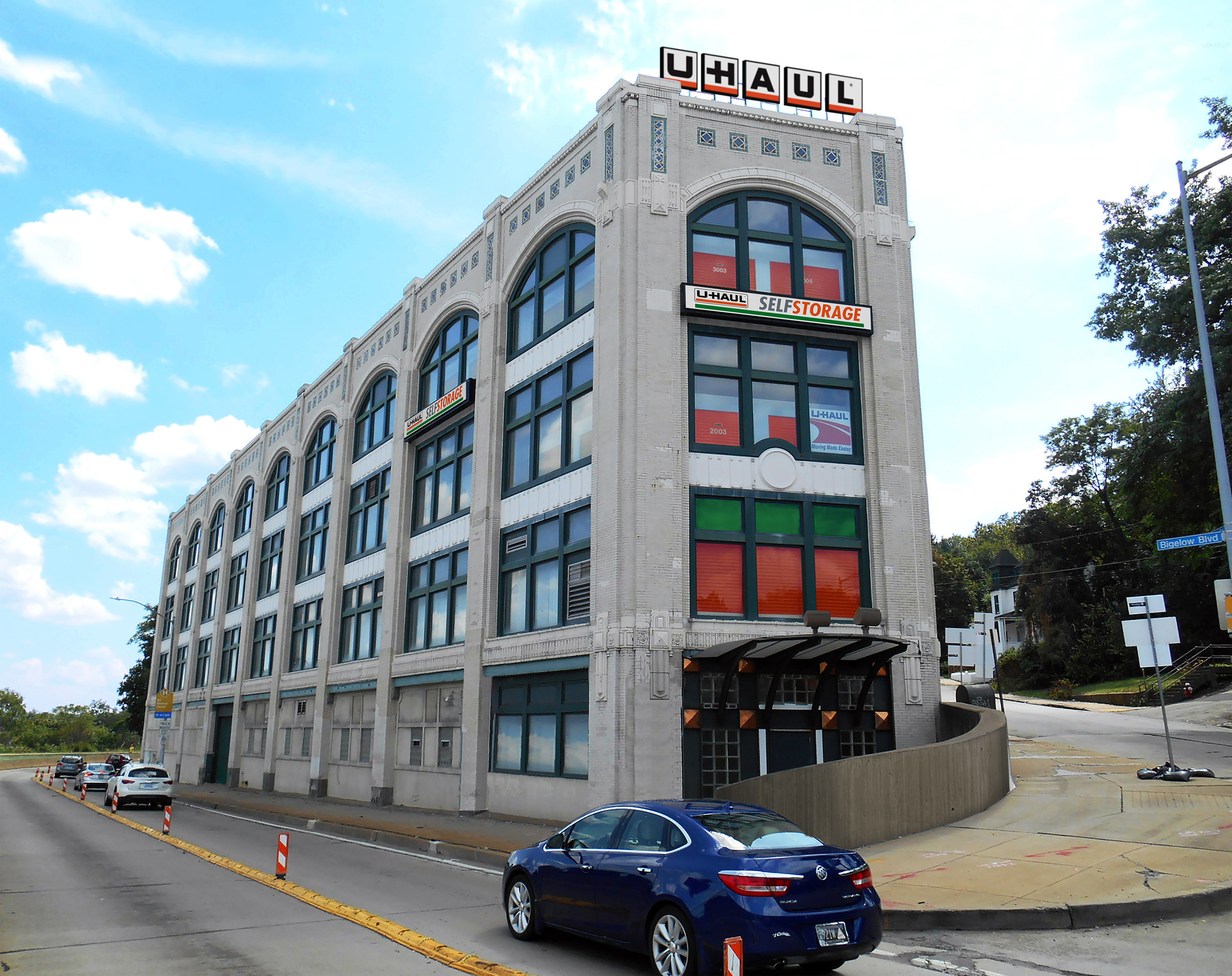 U-Haul recently acquired the iconic Iron City Storage building at 3700 Bigelow Blvd. and is refurbishing the facility to better meet the moving and storage demands of Pittsburgh college students. U-Haul Moving & Storage of Iron City offers 744 storage units; 292 feature climate-control. The facility is within two miles of the University of Pittsburgh, Carnegie Mellon University and Carlow University. Duquesne University is just four miles away. A rendered image shows U-Haul signage.