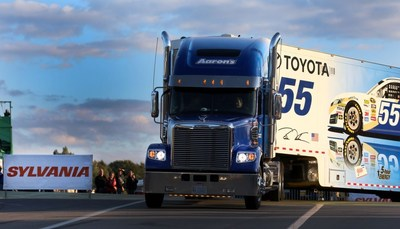 """SYLVANIA Automotive Lighting Celebrates Fifth Anniversary of Hauler Headlights for Safer Nights Initiative with """"The Light Shift"""" Launch"""