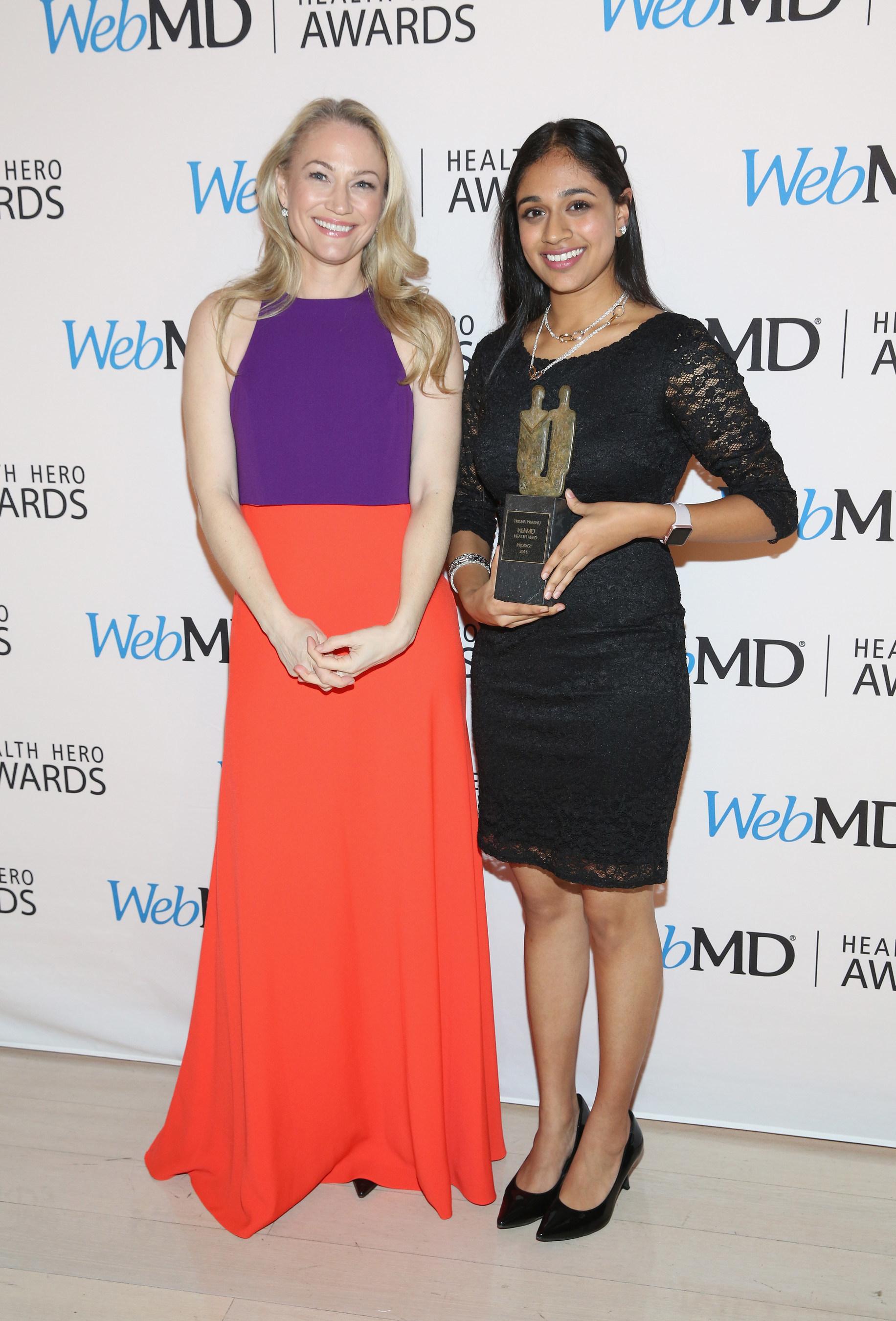 Sarah Wynter and WebMD Health Hero Prodigy Award recipient Trisha Prabhu attend the 2016 WebMD Health Heroes Awards on November 3, 2016 in New York City.
