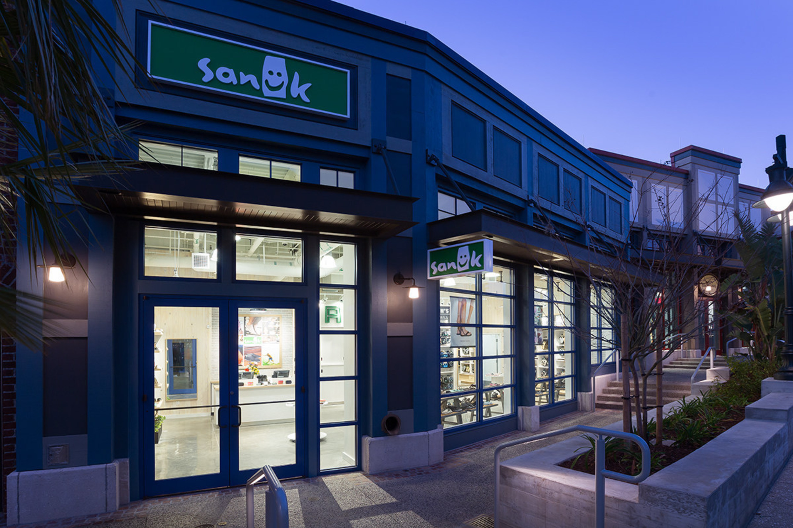 New Sanuk store opens in Orlando at Downtown Disney
