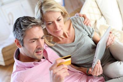 Broadway Auto Credit helps Green Bay credit users identify credit report errors.  (PRNewsFoto/Broadway Auto Credit)