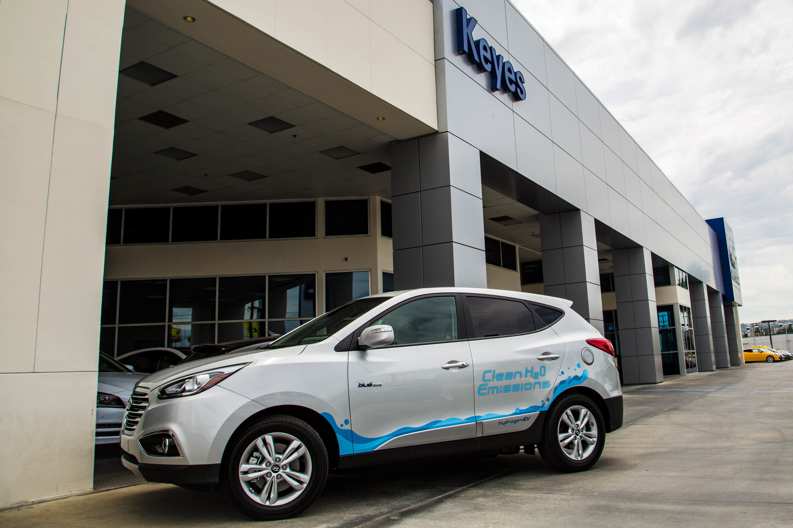 Hyundai Dealership Los Angeles >> Keyes Hyundai In Los Angeles Added To Growing Collection Of