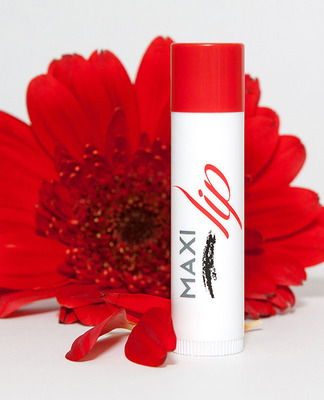 Maxlip Lip Plumper is packaged in a .16 oz. tube, retails for $18 and is available online at http://vivantskincare.com/maxilip.  (PRNewsFoto/Vivant Skin Care)