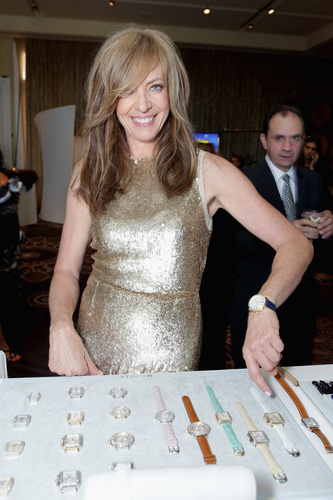 Allison Janney stops to pose with her MICHELE watch. (PRNewsFoto/MICHELE Watches)