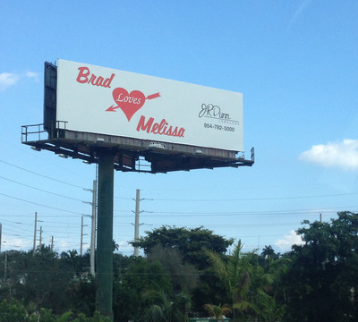 J.R. Dunn Jewelers 'Brad Loves Melissa' billboard located on I95 near Exit 32 in Fort Lauderdale, FL.  (PRNewsFoto/J.R. Dunn Jewelers)