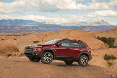 2015 Jeep Cherokee named Four Wheeler of the Year