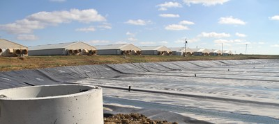 An impermeable cover at Smithfield Foods Hog Production's Ruckman Farm in Northwest Missouri is part of a $120 million manure-to-energy project. Roeslein Alternative Energy will capture biogas created during the anaerobic digestion of manure from nearly two million hogs annually and begin placing it into a national pipeline in Summer 2016. When complete, the project will produce approximately 2.2 billion cubic feet of pipeline quality RNG annually and prevent approximately 850,000 tons of CO2 equivalent methane from reaching the atmosphere each year.