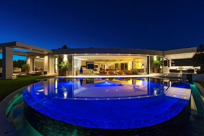 North Hillcrest Road - Beverly Hills Record Breaking $70 Million Sale by Branden and Rayni Williams.