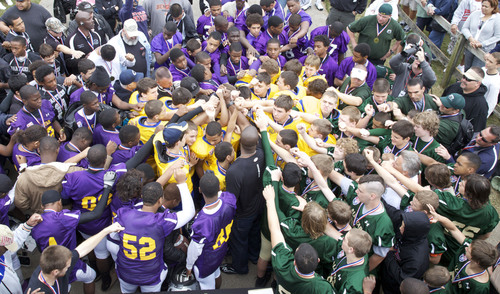 American Youth Football Kicks Off The World's Largest Football Competition.  (PRNewsFoto/American Youth ...