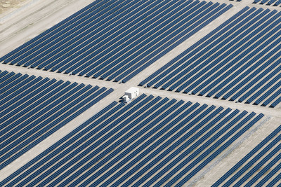 Southern Company and Ted Turner have energized the Cimarron Solar Facility, one of the nation's largest solar photovoltaic plants. Located adjacent to Turner's Vermejo Park Ranch in Colfax County, N.M., the facility was developed and constructed by First Solar and will provide clean, renewable energy to Tri-State Generation and Transmission Association.  (PRNewsFoto/Southern Company)