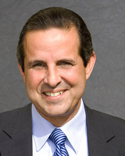Former Miami Mayor Manny Diaz Named to Board of Trustees of National Education Organization