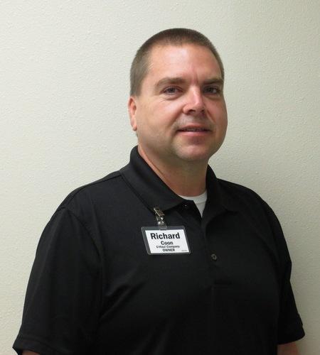 Richard Coon Brings 20 Years of U-Haul Experience to U-Haul Company of Gainesville (PRNewsFoto/U-Haul)