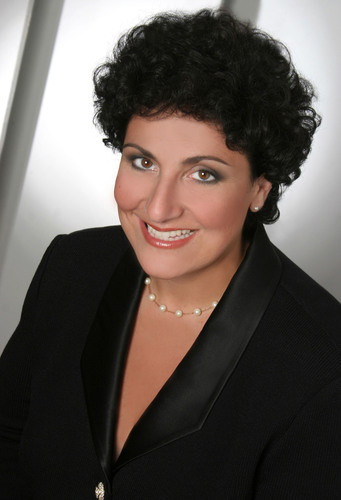 Marketron Restructures Sales Organization with Appointment of Deborah Esayian to Chief Revenue Officer.  (PRNewsFoto/Marketron)