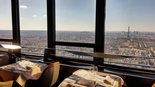 Ciel de Paris http://www.cieldeparis.com/ (PRNewsFoto/Elior Group)