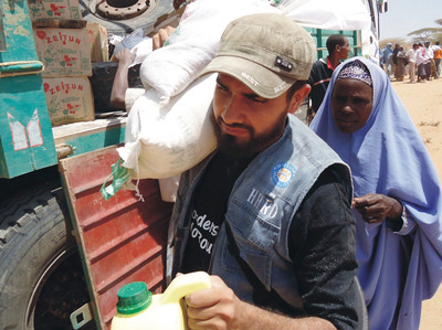 Helping Hand for Relief and Development Food Distribution in Horn of Africa.  (PRNewsFoto/Helping Hand for Relief and Development)