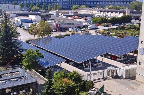SIG choisit Giulio Barbieri pour fournir des abris de voitures à toit photovoltaïque pour ses