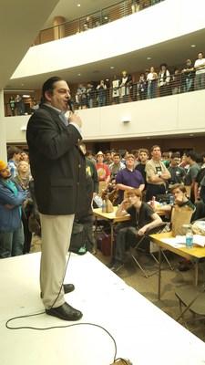 Houston, Texas -- Walter O'Brien speaks to 1200 people in packed auditorium at Hewlett Packard Enterprise's Code Wars