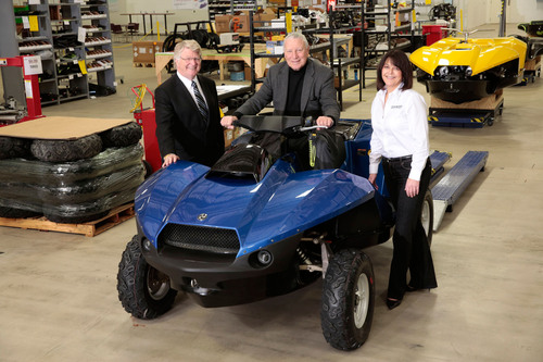 Left to right: Gibbs Sports Amphibian Chairman Neil Jenkins, Founder and Chief Technology Officer Alan Gibbs ...