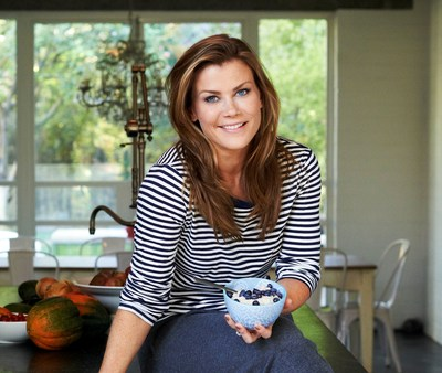 Actress, author and TV host Alison Sweeney and the U.S. Highbush Blueberry Council encourage little changes for a happy and healthy 2015.