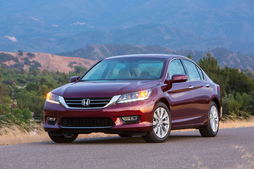 Honda Accord and CR-V Tops in Owner Loyalty, According to IHS Automotive. (PRNewsFoto/American Honda Motor Co.) (PRNewsFoto/AMERICAN HONDA MOTOR CO.)