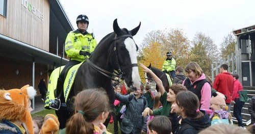 Caesar on duty at Thames Valley Police (PRNewsFoto/The Horse Trust)