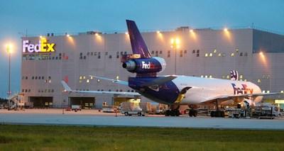 FedEx CDG Hub. Copyright A. Papais (PRNewsFoto/FedEx) (PRNewsFoto/FedEx)
