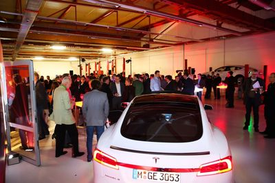 1st Tesla Service Center Austria officially opened its doors in Vienna last night.