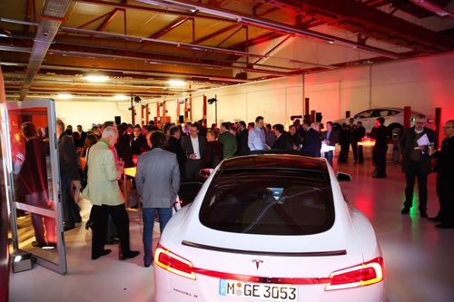 1st Tesla Service Center Austria officially opened its doors in Vienna last night. (PRNewsFoto/Tesla Motors Inc)