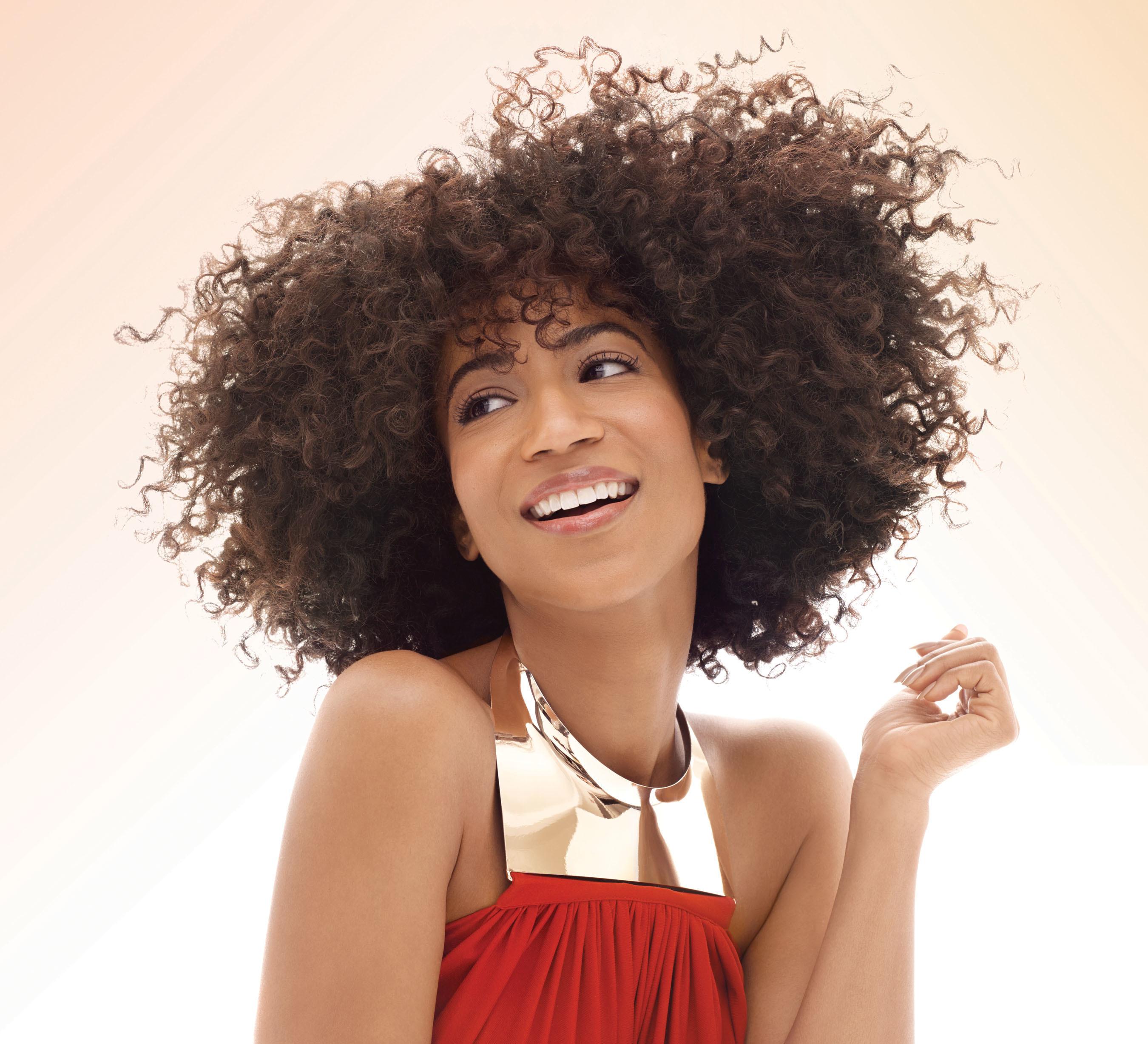 Creme of Nature(R) Names Actress, Singer Africa Miranda as its New Brand Ambassador. (PRNewsFoto/Creme of Nature)