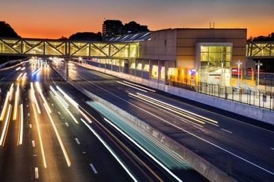 Bechtel-built metro line begins service near Washington, D.C. (PRNewsFoto/Bechtel)