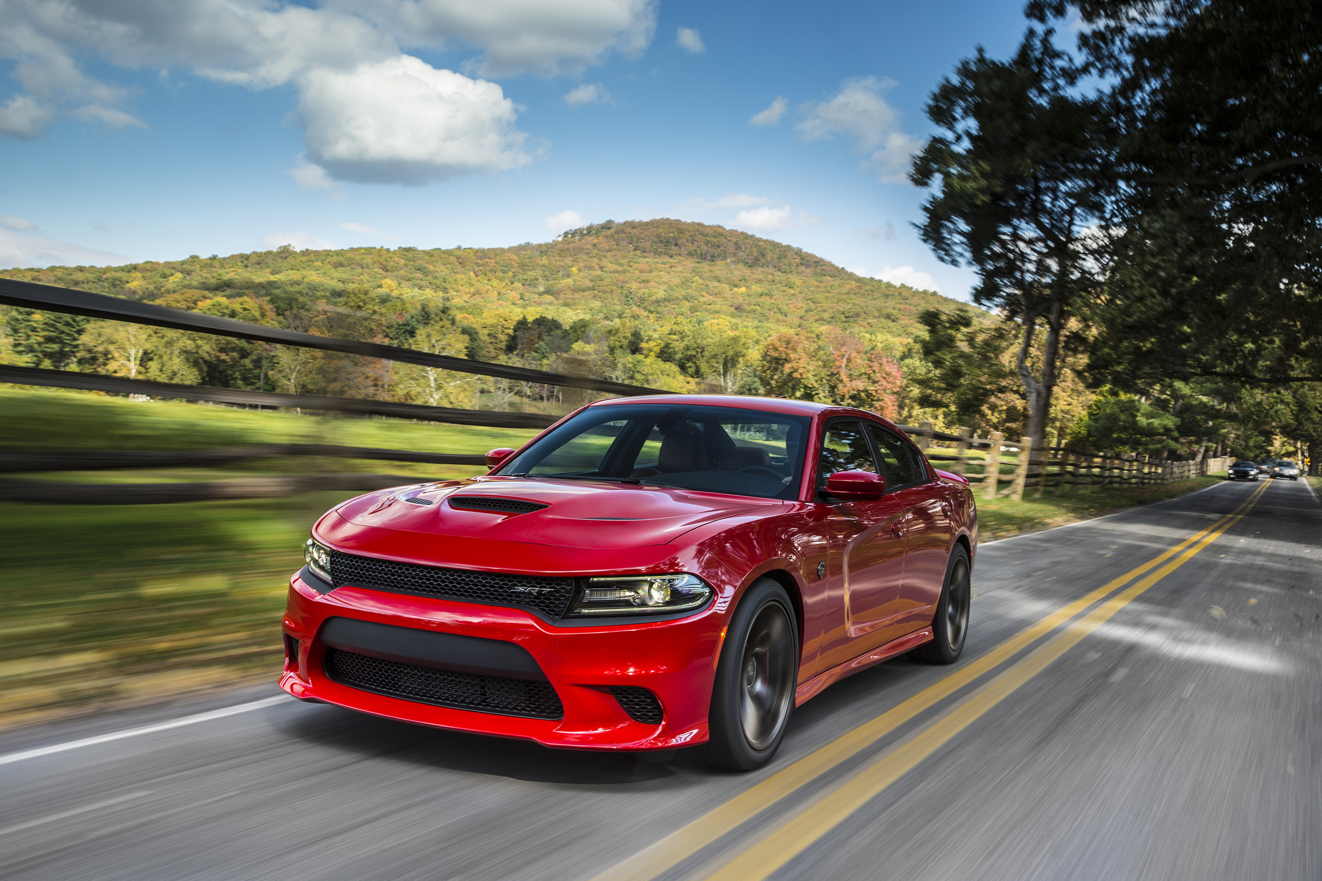 Dodge Charger Gas Mileage >> 707 Horsepower Dodge Charger Srt Hellcat Earns Epa Highway Fuel