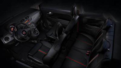 2013 Fiat 500 by Gucci Interior.  (PRNewsFoto/Chrysler Group LLC)