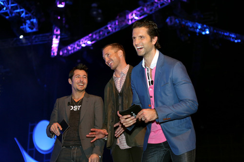 ViSalus Co-Founders Blake Mallen, Ryan Blair & Nick Sarnicola joined over 10,000 ViSalus Promoters in Los Angeles to fight the global obesity epidemic and launch the Body By Vi(TM) 90 Day Challenge in Europe.  (PRNewsFoto/ViSalus)