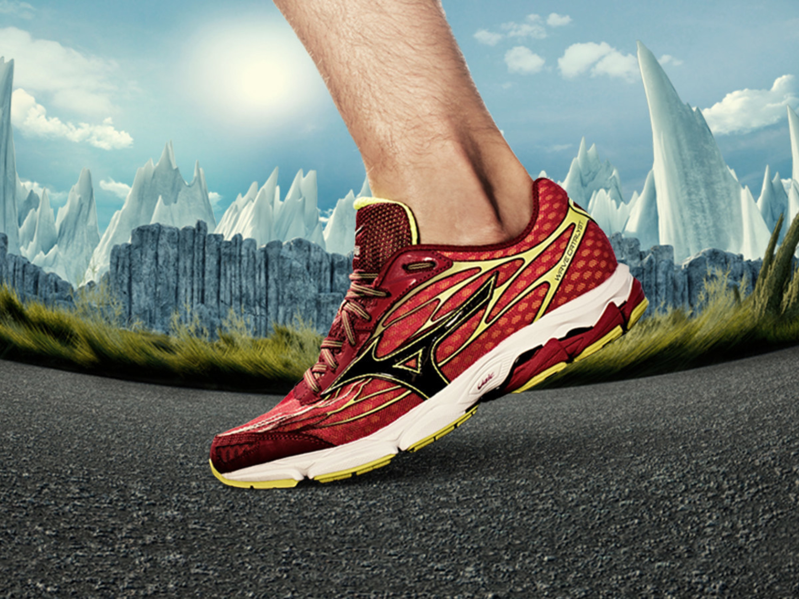 The all-new Wave Catalyst offers a lightweight feel and responsive ride.