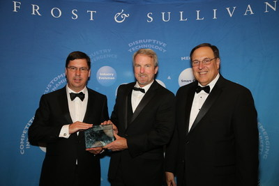SGI-DNA's President Nathan Wood (left) and Vice President of Engineering and Instrumentation Laurence Warden (middle) Accept the 2015 North American Synthetic Biology New Product Innovation Award for the BioXp(TM) 3200 System from Frost & Sullivan's President, Americas & Partner Art Robbins (right).
