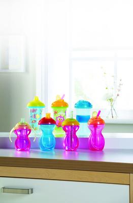 Click Lock(TM) cups by Munchkin.  (PRNewsFoto/Munchkin, Inc.)