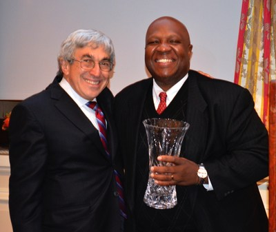 "(L to R) Stanley M. Bergman, Chairman and CEO, Henry Schein, Inc., and MedShare CEO and President, Charles Redding, at MedShare's ""Share the Good"" Gala.  Mr. Bergman and Henry Schein were honored at the Gala for advancing access to care for underserved communities around the world and Henry Schein's long-term support of MedShare."