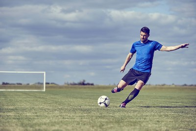 MISSION VaporActive Brand Ambassador David Villa (Photo Credit: MISSION Athletecare)