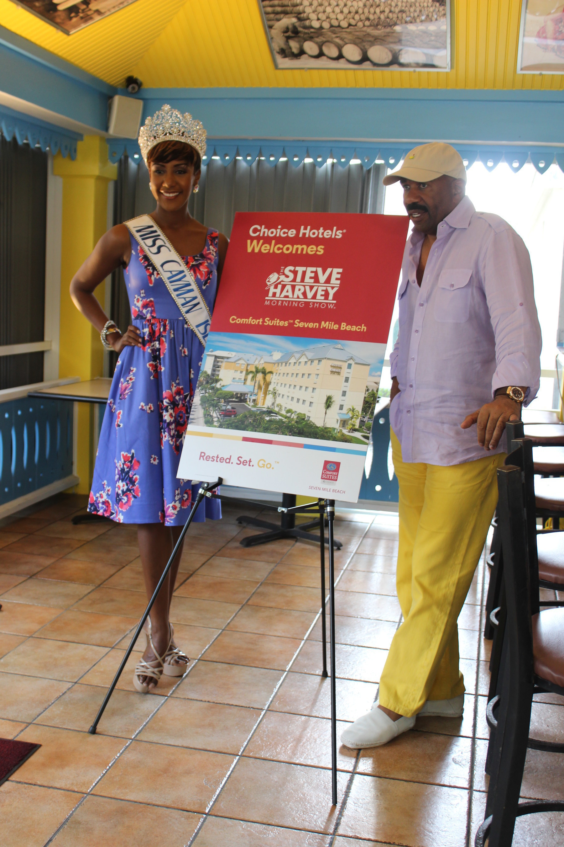 Steve Harvey and Miss Cayman Discuss Pageant Tips at Comfort Suites in Grand Cayman