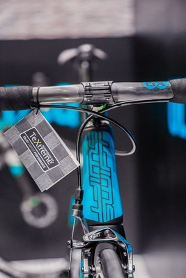 SwiftCarbon Unveils Lightweight Frame Reinforced by TeXtreme®