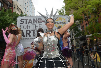 Dancers at 7th Annual Dance Parade in New York support Ovation.  (PRNewsFoto/Ovation)