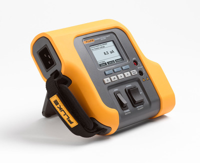 Engineered to meet the needs of on-the-go technicians, the ESA609 is built tough with a rubberized case that allows it to sustain the rigor of transportation and helps prevent damage if accidentally dropped. Additionally, its featherweight design and functional hand strap make it one of the most portable analyzers in its class.  (PRNewsFoto/Fluke Biomedical)