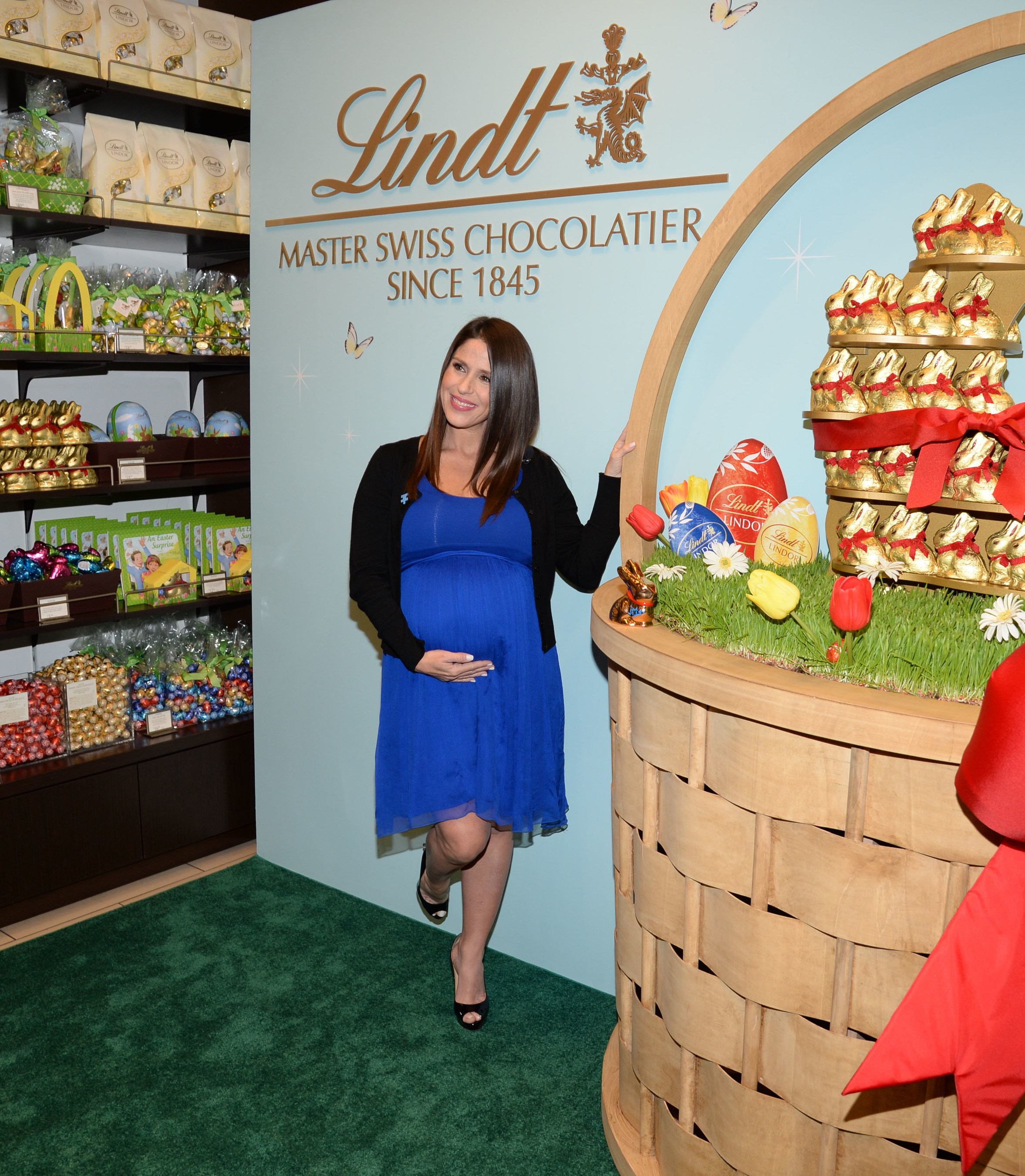 Soleil Moon Frye Joins Lindt To Launch Seventh Lindt Gold Bunny Celebrity Auction Benefitting Autism Speaks