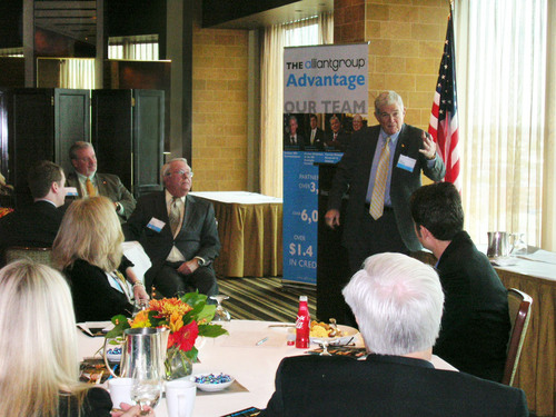 Former U.S. Senator and Missouri Governor Kit Bond addresses ways to spur jobs, innovation and economic growth ...