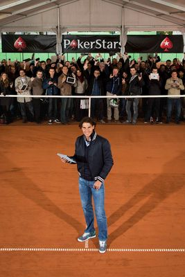 Rafa Nadal challenges 100 fans to a poker tournament