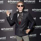 Fashion Personality Carson Kressley in the new Polaroid Plus 0201 sunglasses.  (PRNewsFoto/Polaroid Eyewear)