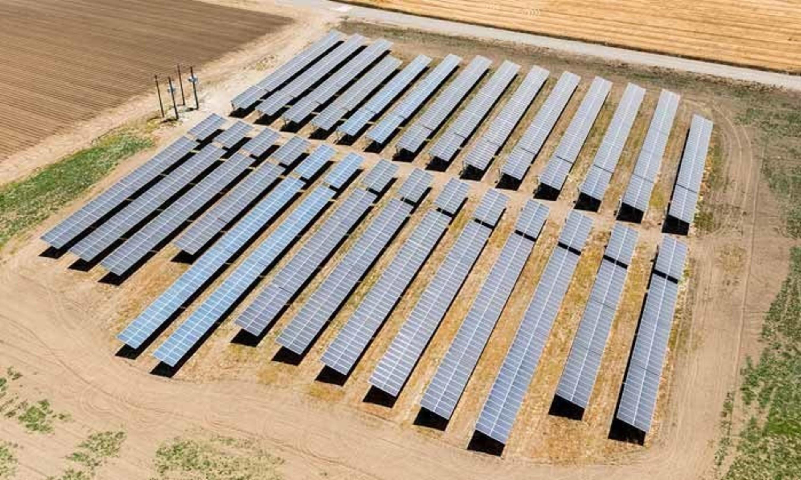Uesugi Farms 792kW solar system installed by Vista Solar (PRNewsFoto/Vista Solar Inc.)