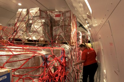Save the Children receives stock including medical kits, jerry cans, and essential clinical supplies that will be used to help families and children hard hit by Hurricane Matthew.